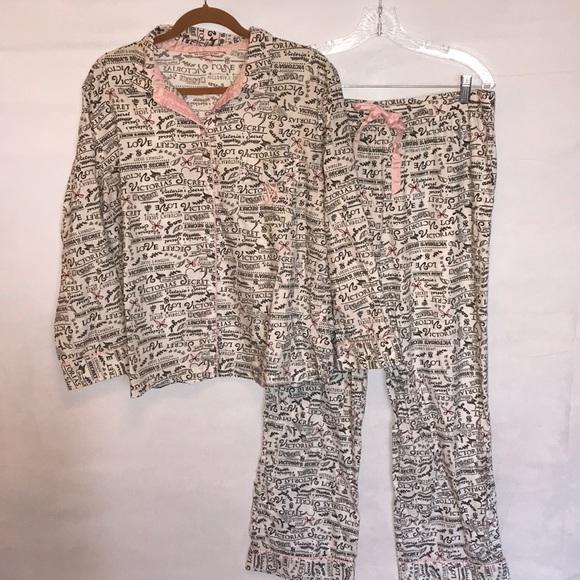 Victoria s Secret script flannel pajamas set large.  M 5a550f548df470115c059f06 d732d4c34